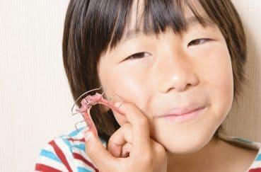 子供の歯列矯正を始めるなら時期はいつ頃が良い?