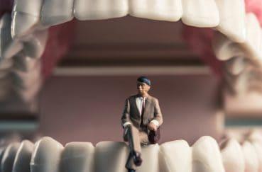 歯にも寿命がある!歯の寿命を延ばすには?
