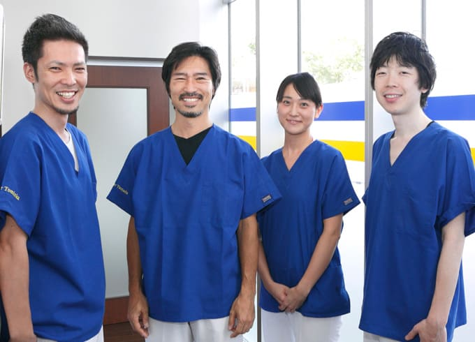 江東区東雲、豊洲の歯医者のキャナルコート歯科クリニック スタッフ集合写真